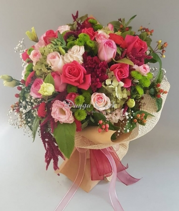 Pembe Güllü-Çiçek Buketi